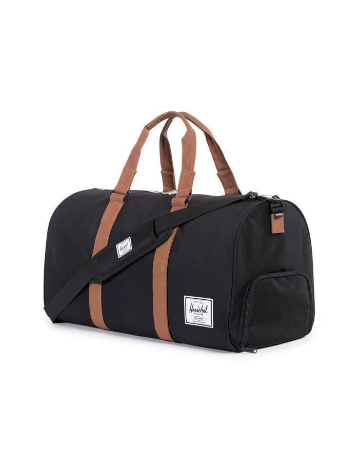 Čierna cestovná taška Herschel Novel